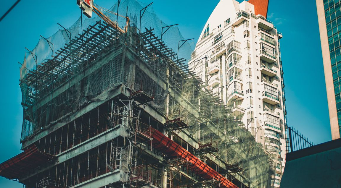Prevén caída de 6.8% en construcción latinoamericana