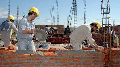 Construcción mantiene a flote industria durante agosto